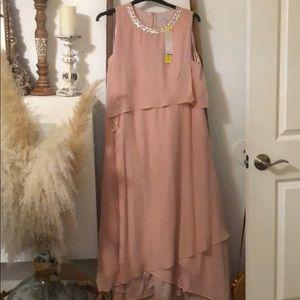 Flowy mid/maxi dress